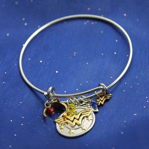 Jewelry - Wonder Woman Bracelet